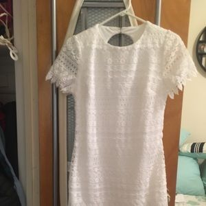 Laundry by Shelli Segal White Lace Keyhole Dress